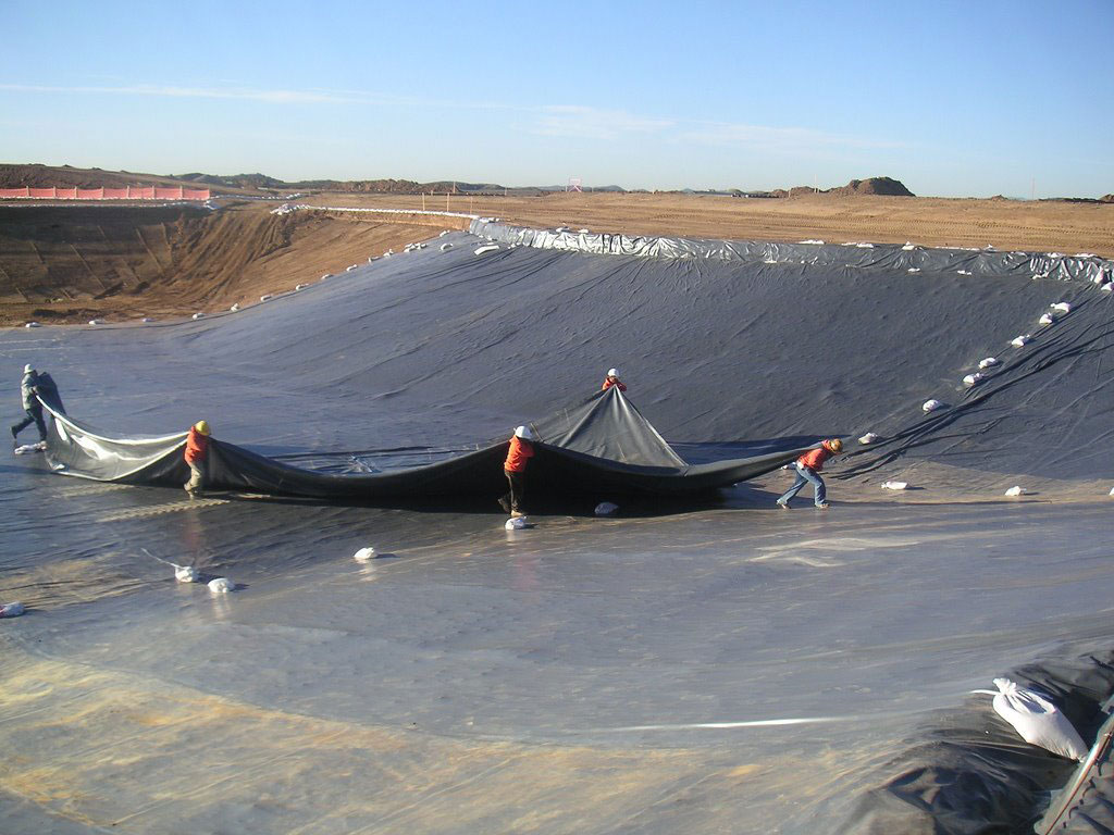 Synthetic Liners and Covers - Winnipeg Environmental